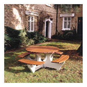 Cotswold Round Picnic Table
